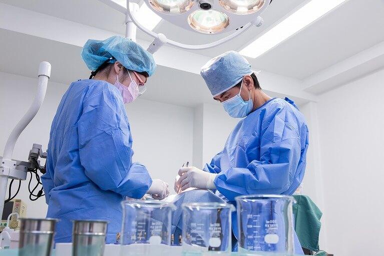 麻酔医による静脈内鎮静法